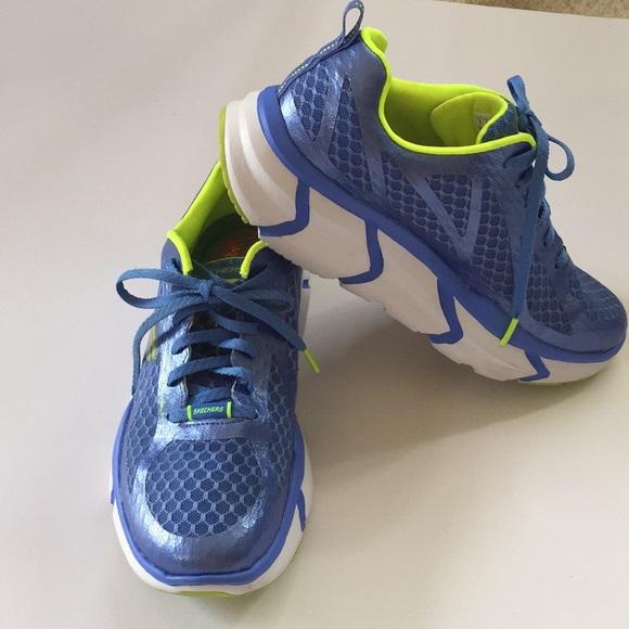 Website für Rabatt verkauf usa online suche nach neuesten 🌀SKETCHERS WOMEN'S Active Fit Athletic Shoes